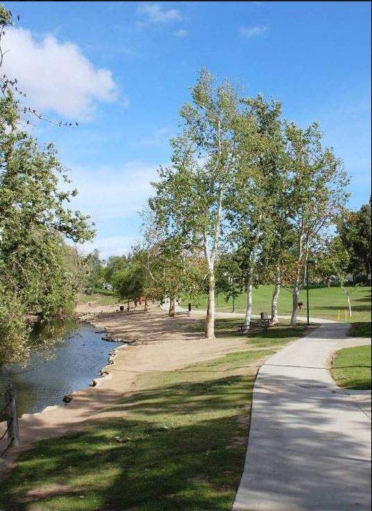 Rancho Simi Commuity Park